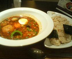 ひき肉とヒヨコ豆のアジアンスープカレー